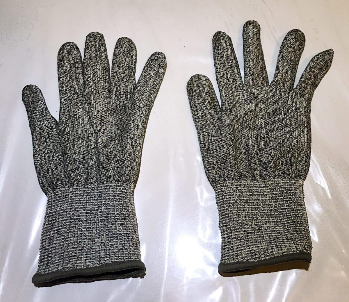 paire gant protection cuisine bricolage